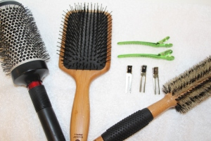 My favorite tools for a DIY Blow Out